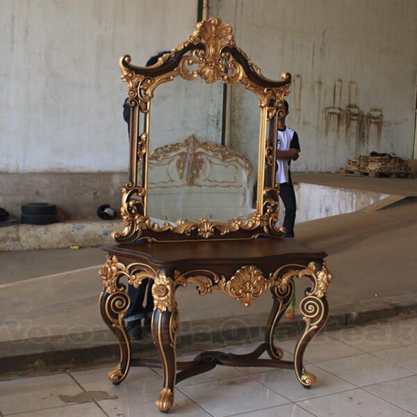 Antique Designs Mahogany Console Table