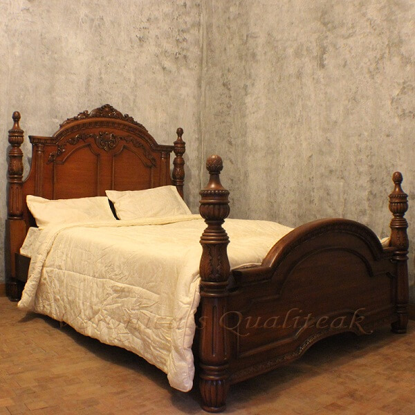 Antique Victorian Mahogany Four Poster Bed