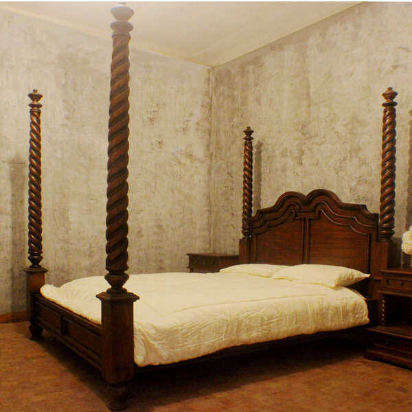 Antique Four Poster Mahogany Wooden Bed Carved Espania