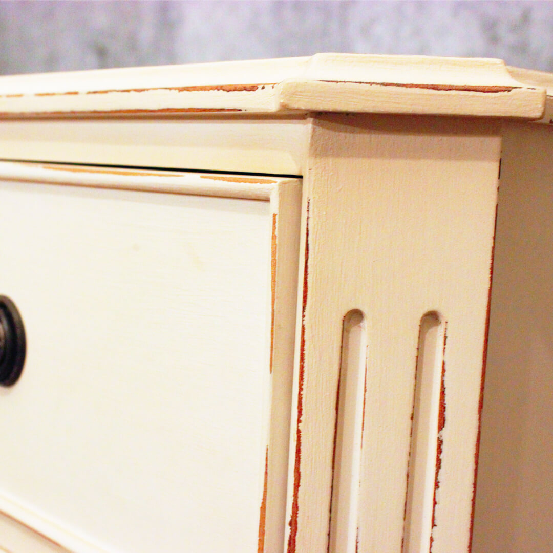 White Painted 3 Drawer Bedside detail view
