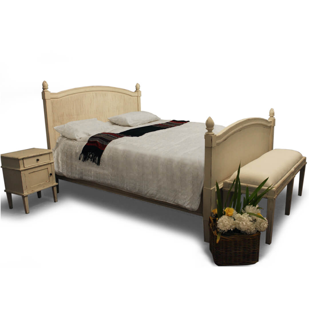 antique scandinavian bed