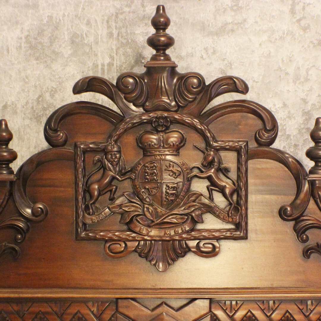 heavy carving bed